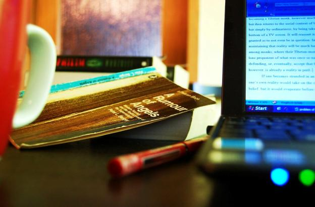 How Students Can Develop Their Academic Writing Skills