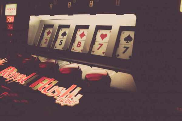 Revealing Few of The Smartest Tricks to Use at Online Casinos